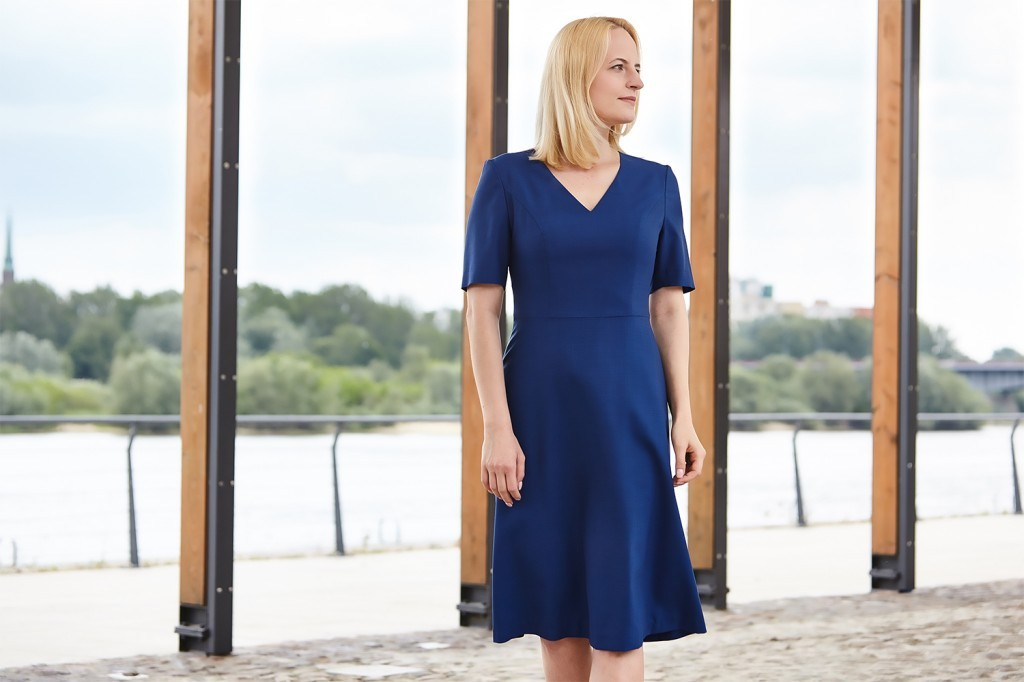 Monika Kamińska - niebieska sukienka